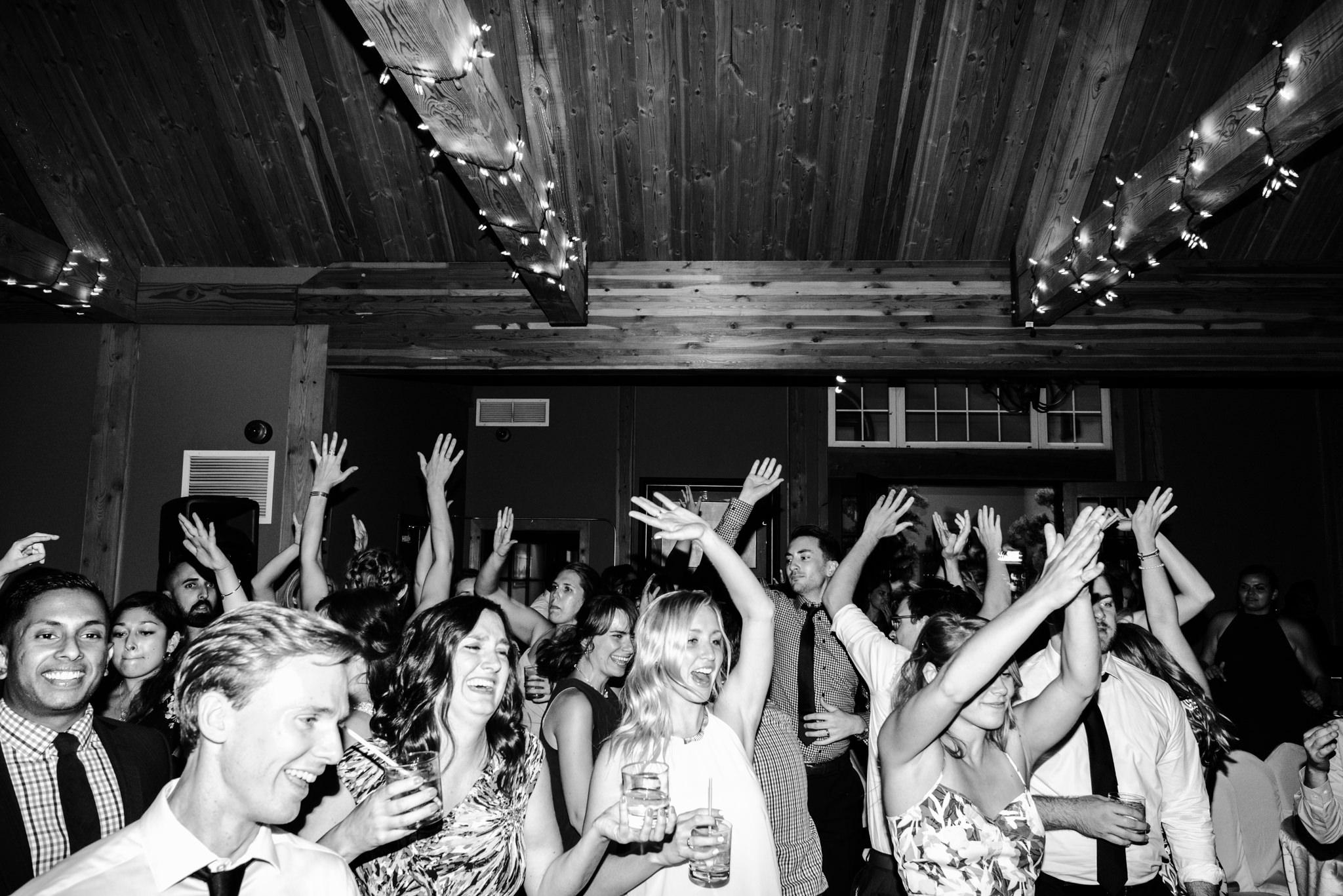 toronto-willowspring-winery-wedding-photographer-72