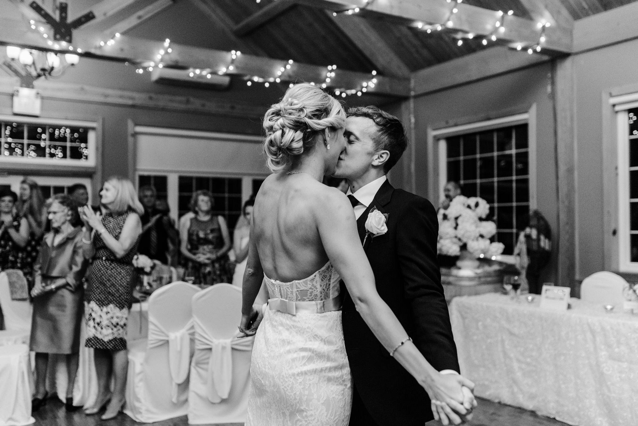 toronto-willowspring-winery-wedding-photographer-67