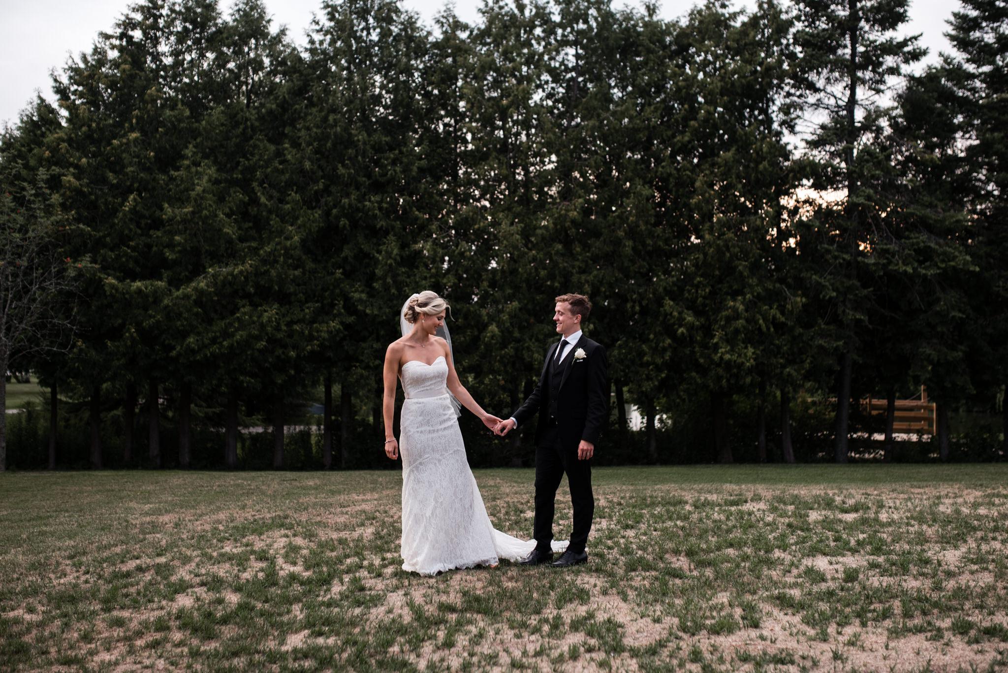 toronto-willowspring-winery-wedding-photographer-59