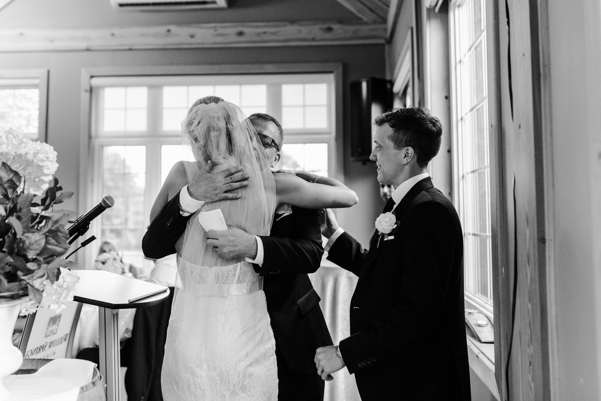 toronto-willowspring-winery-wedding-photographer-45