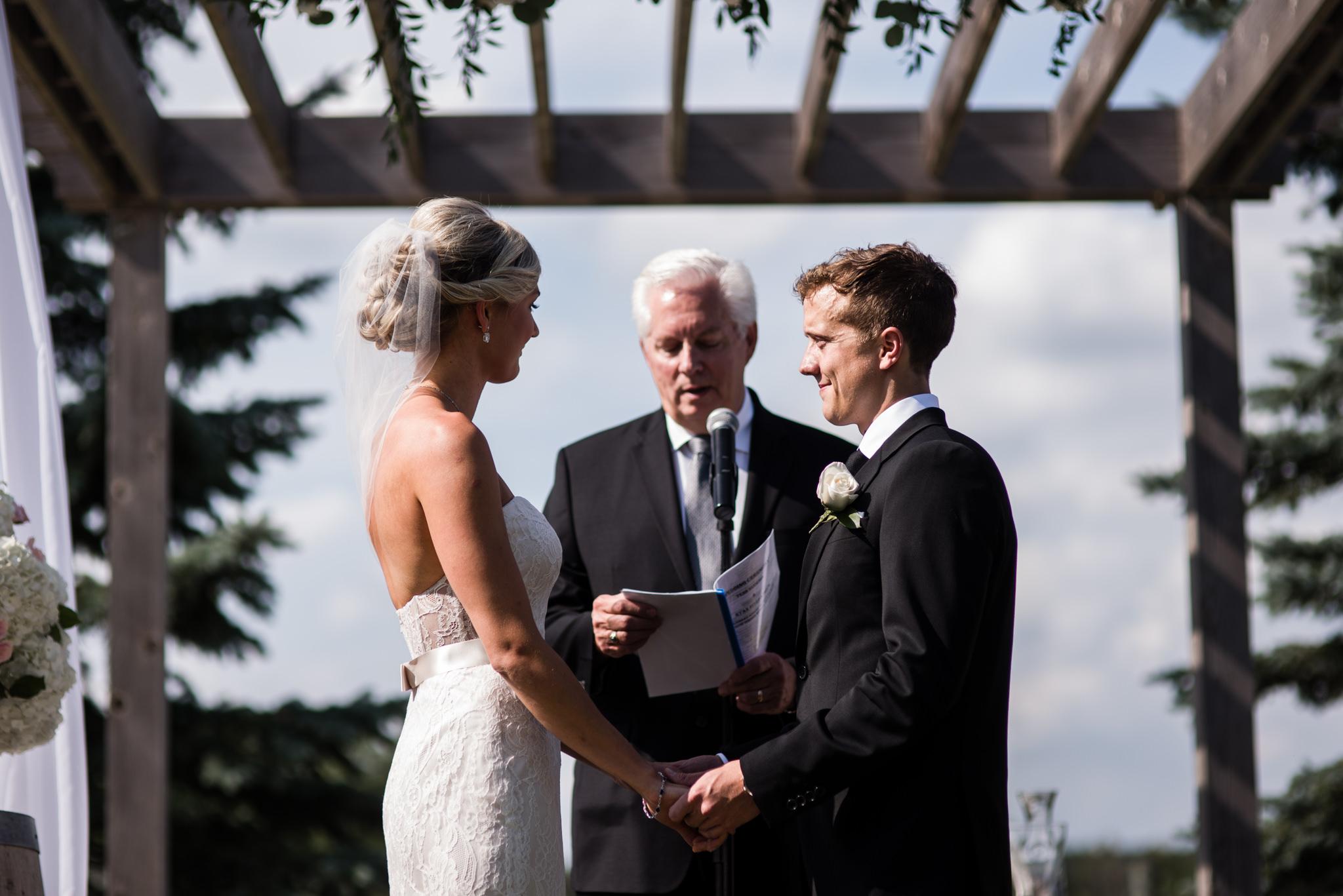 toronto-willowspring-winery-wedding-photographer-22