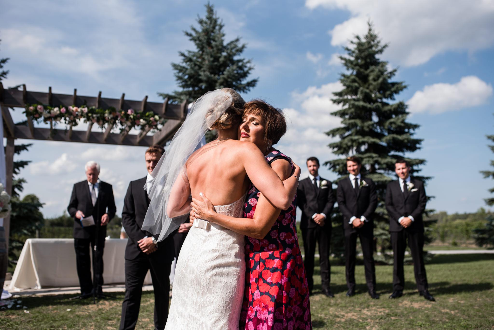 toronto-willowspring-winery-wedding-photographer-12