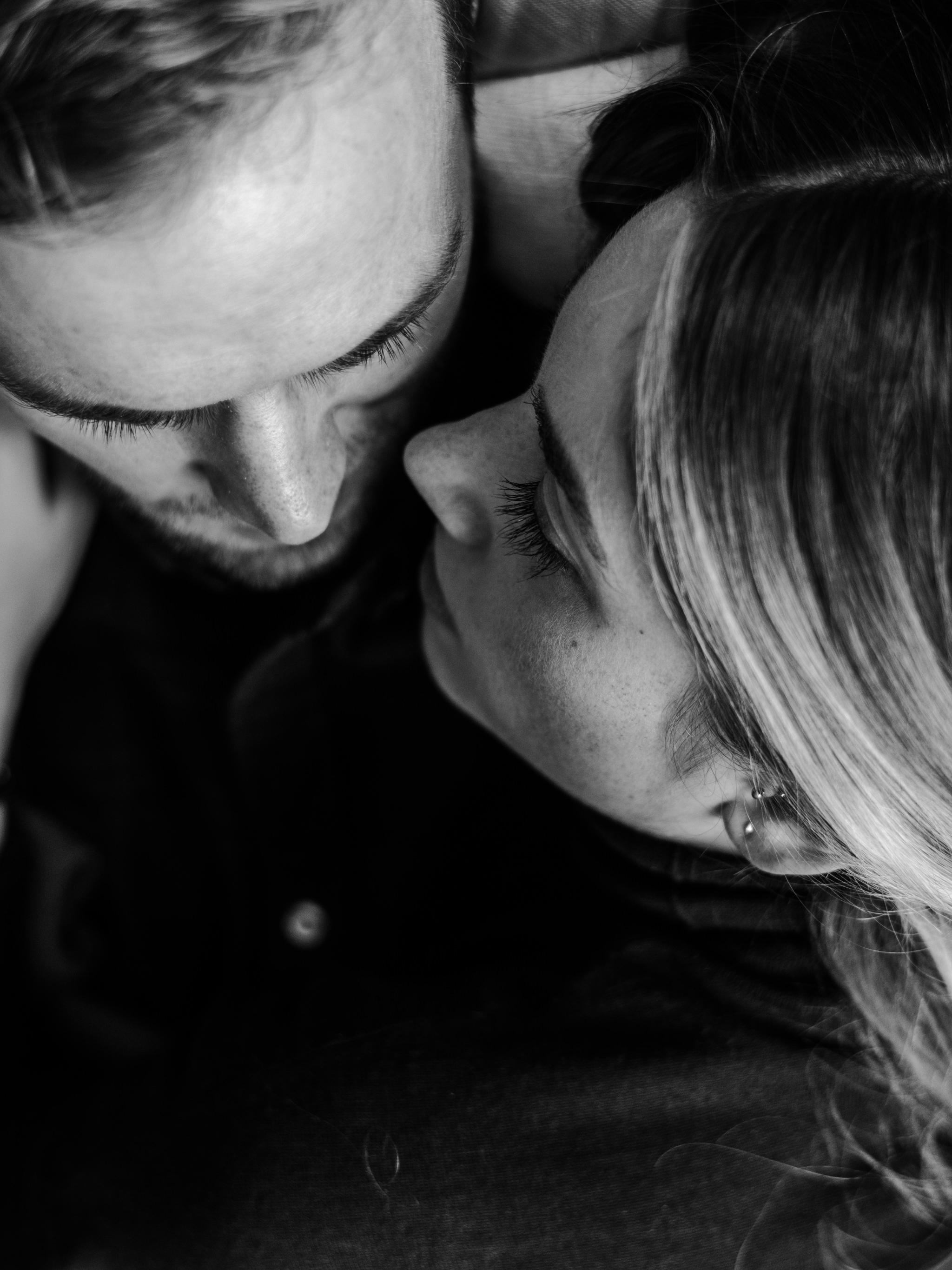 intimate-at-home-engagement-toronto-saint-john-37.jpg