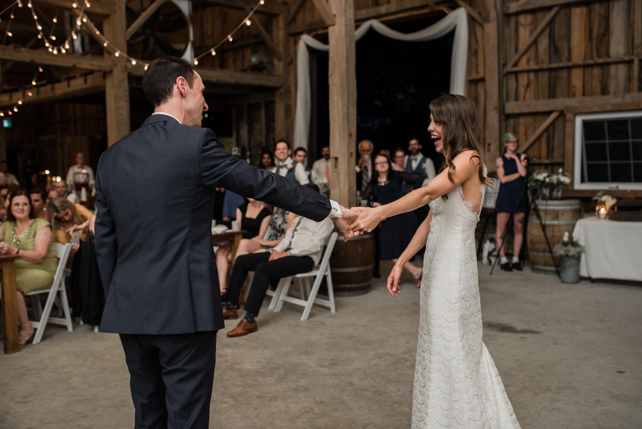 085-sydenham-ridge-estate-wedding-first-dance.jpg