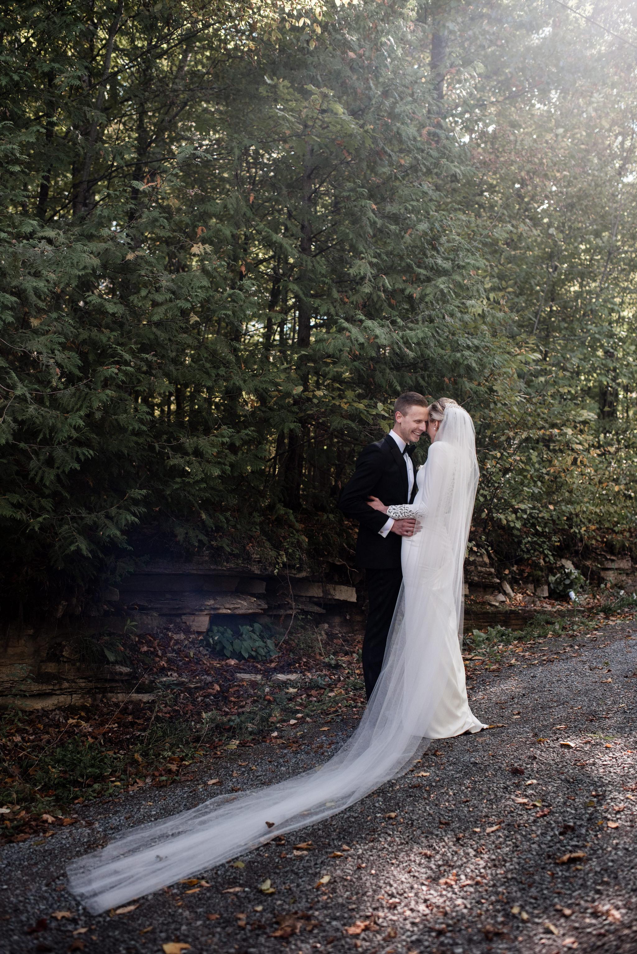 050-wedding-photos-in-forest-ontario-cottage-toronto.jpg
