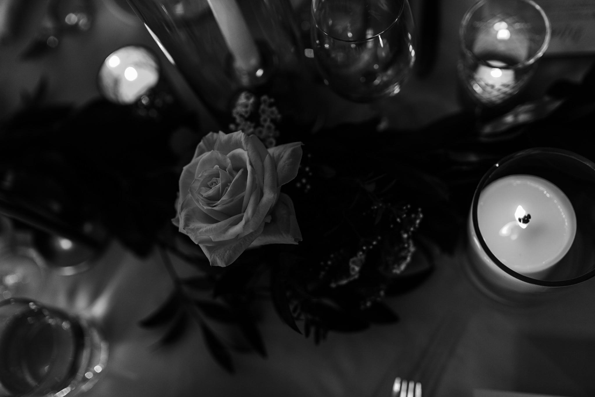 082-reception-decor-romantic-candles-storys-building-industrial.jpg