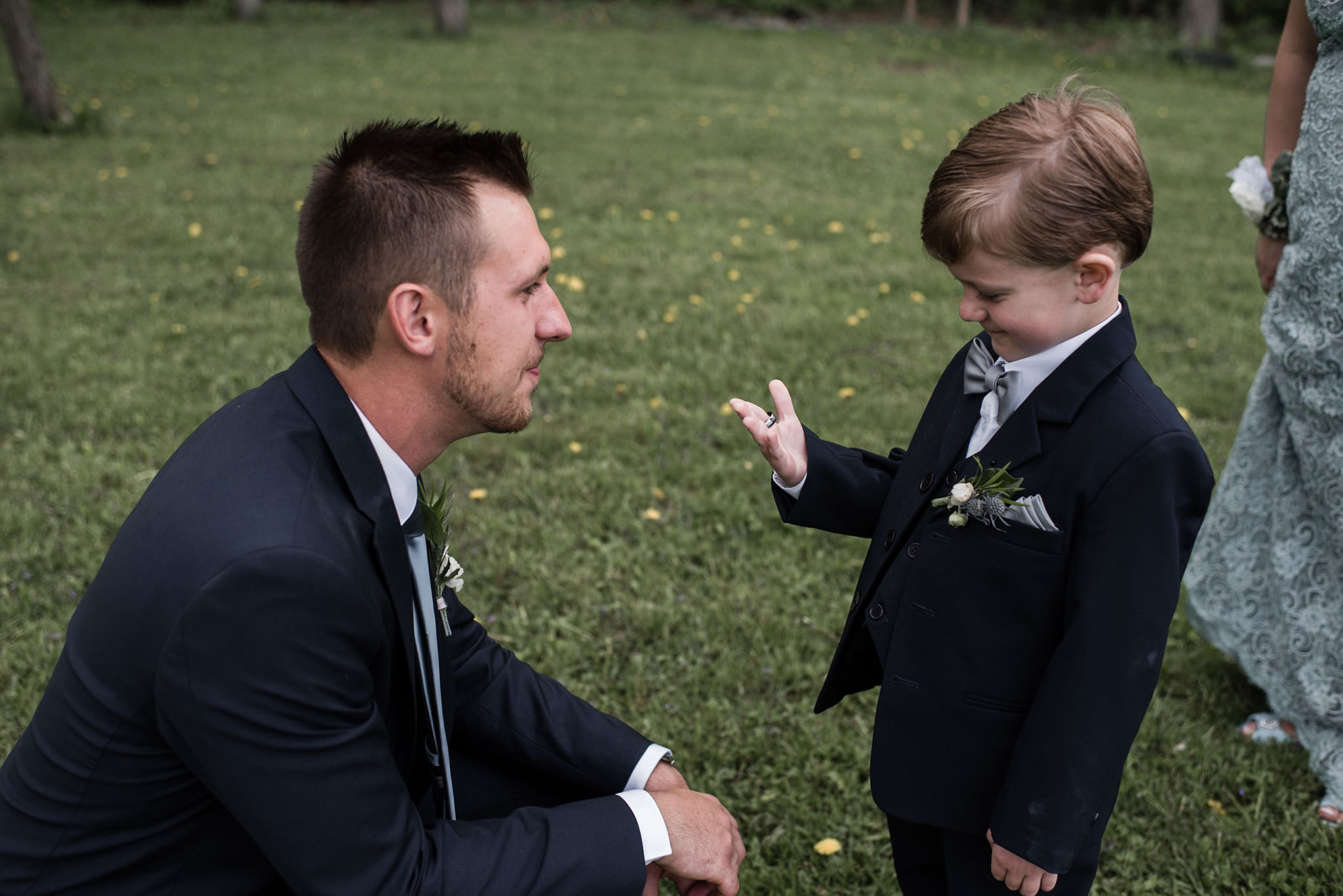 169-ring-boy-candid-groom-outdoor-wedding-toronto.jpg