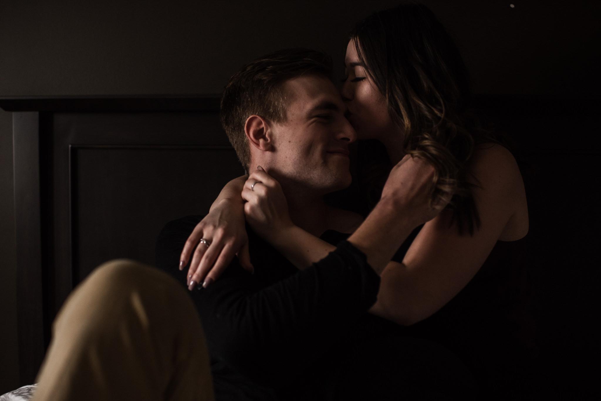 029-intimate-engagement-at-home-photography-wedding-toronto.jpg
