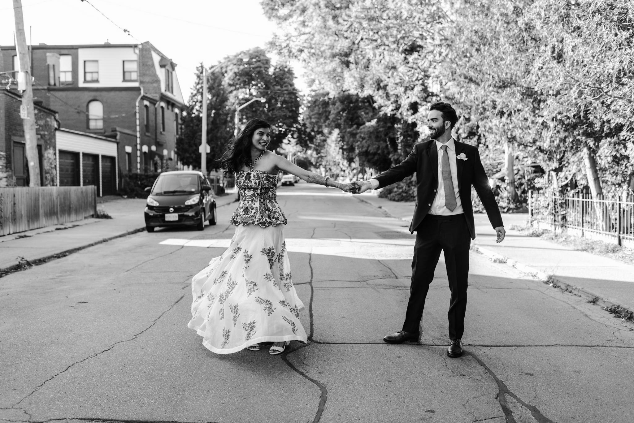 058a-bride-groom-couple-wedding-photos-downtown-toronto-hotel-ocho.jpg