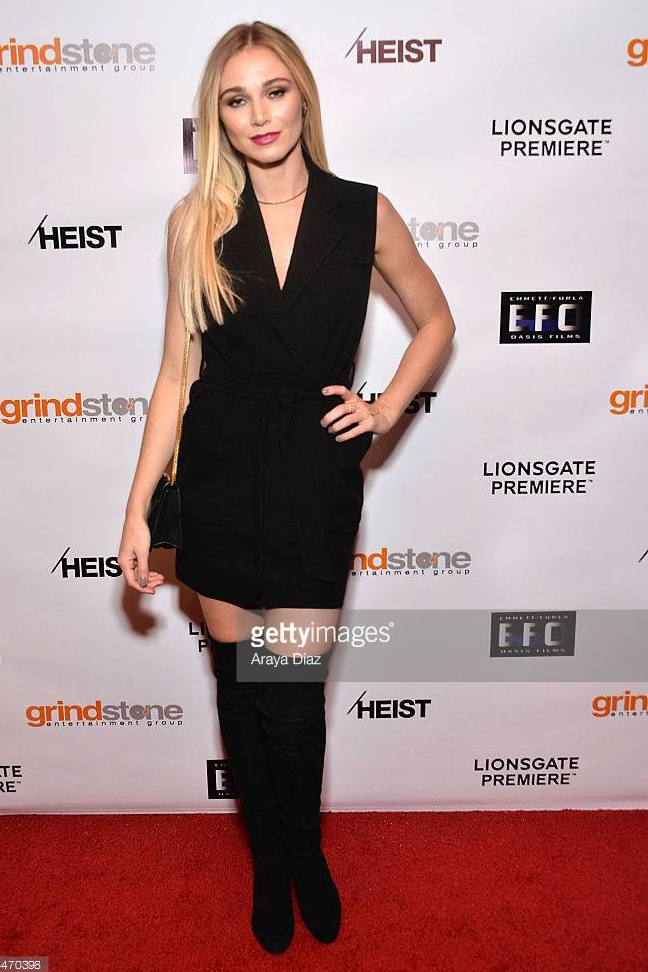 Red carpet makeup blonde Beauty Affair Hollywood star.jpg