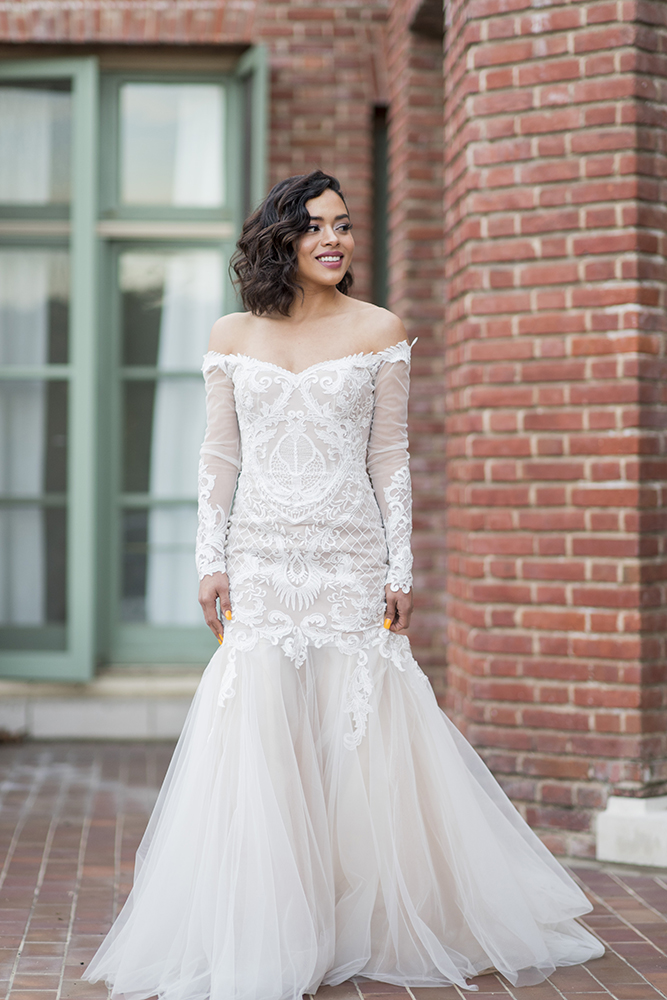 Bride short glam beauty mauve wavy Beauty Affair.jpg