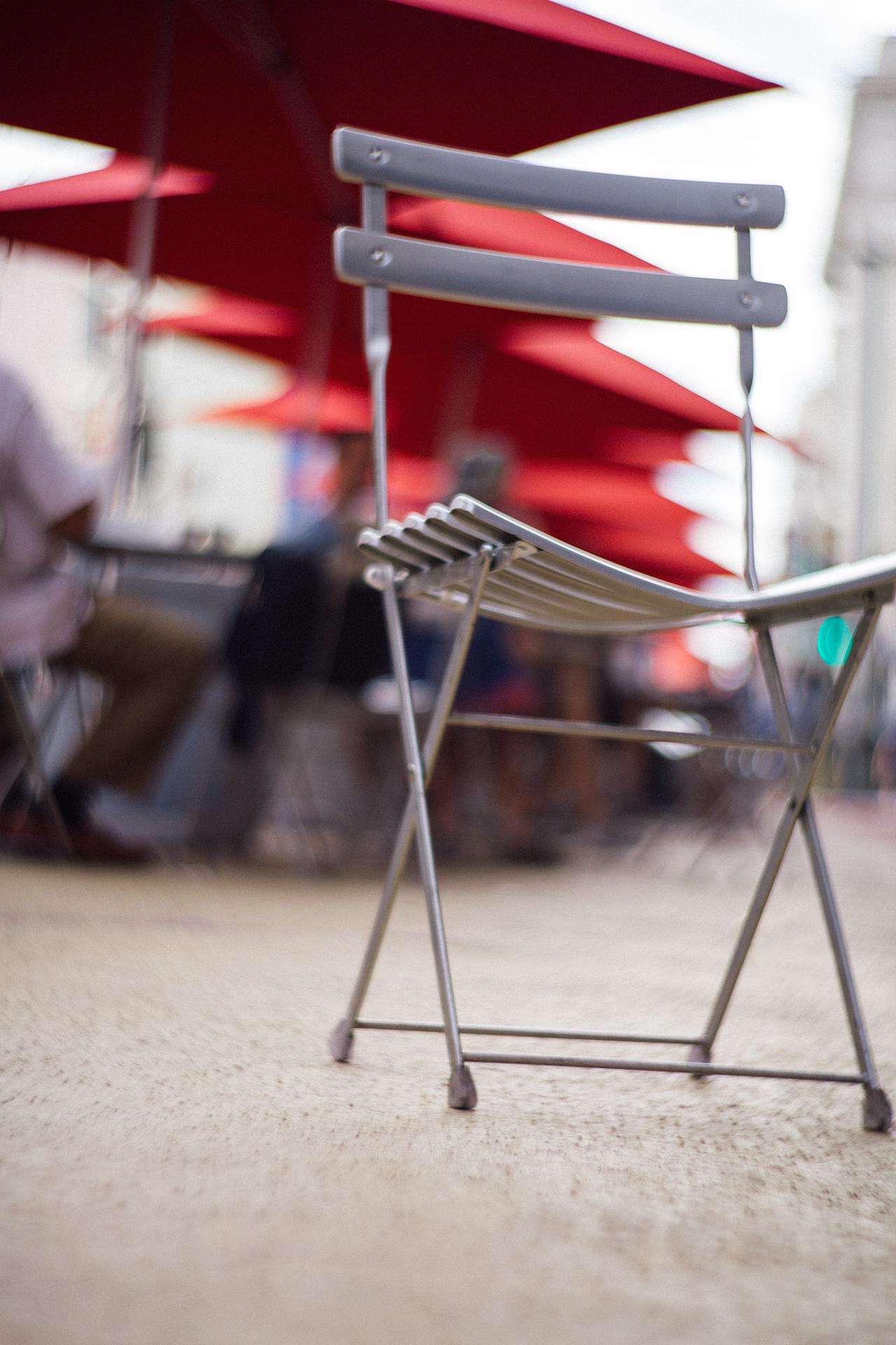 Rudy-Poe-chair-dtla-1-1920.jpg