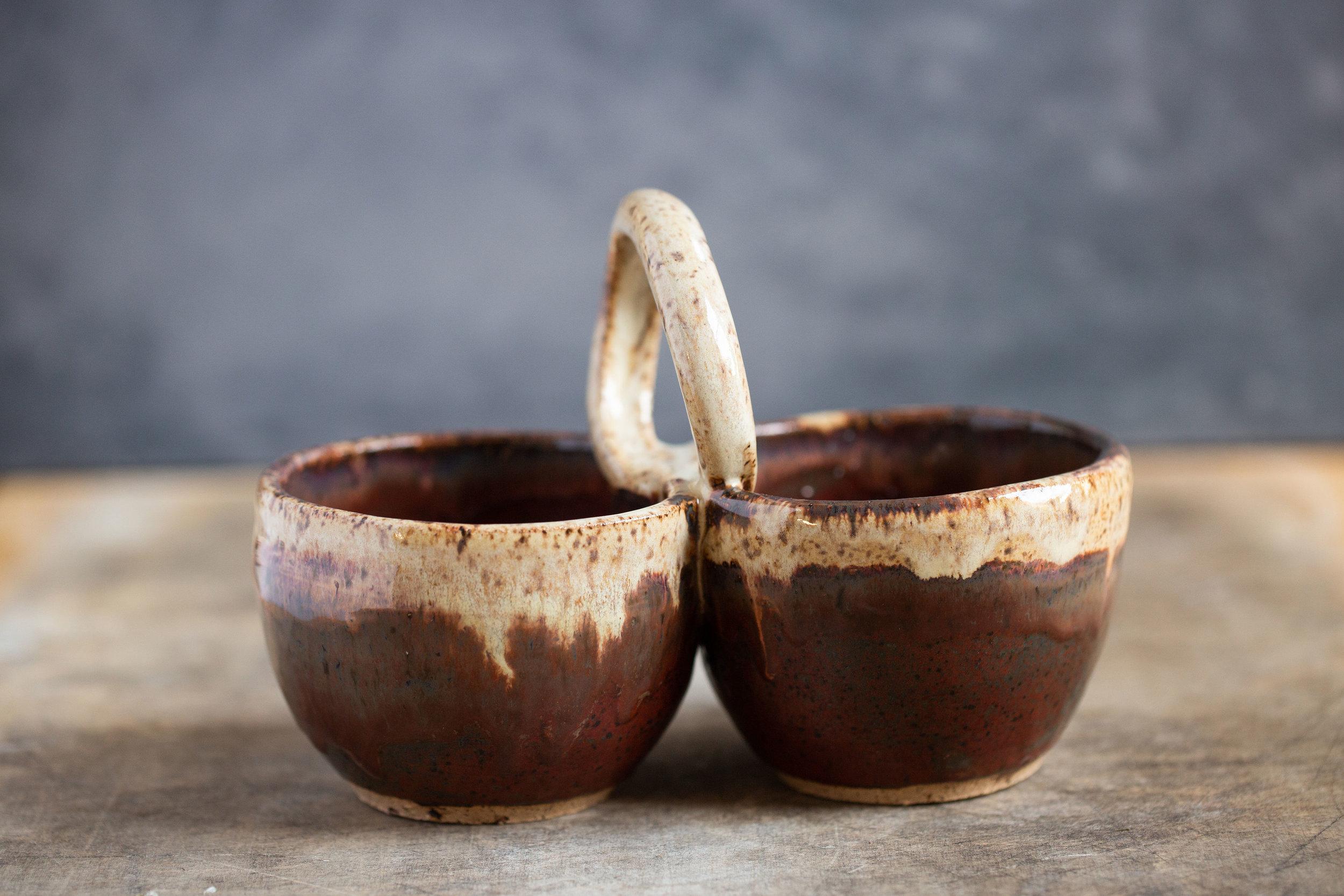 Rustic dual-dip bowl