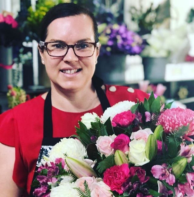 Stunning Pink bouquet for an order this morning #pinkroses #paradisepointflowers #paradisepointflowers #flowers #florist #goldcoastflorist #goldcoastflowers