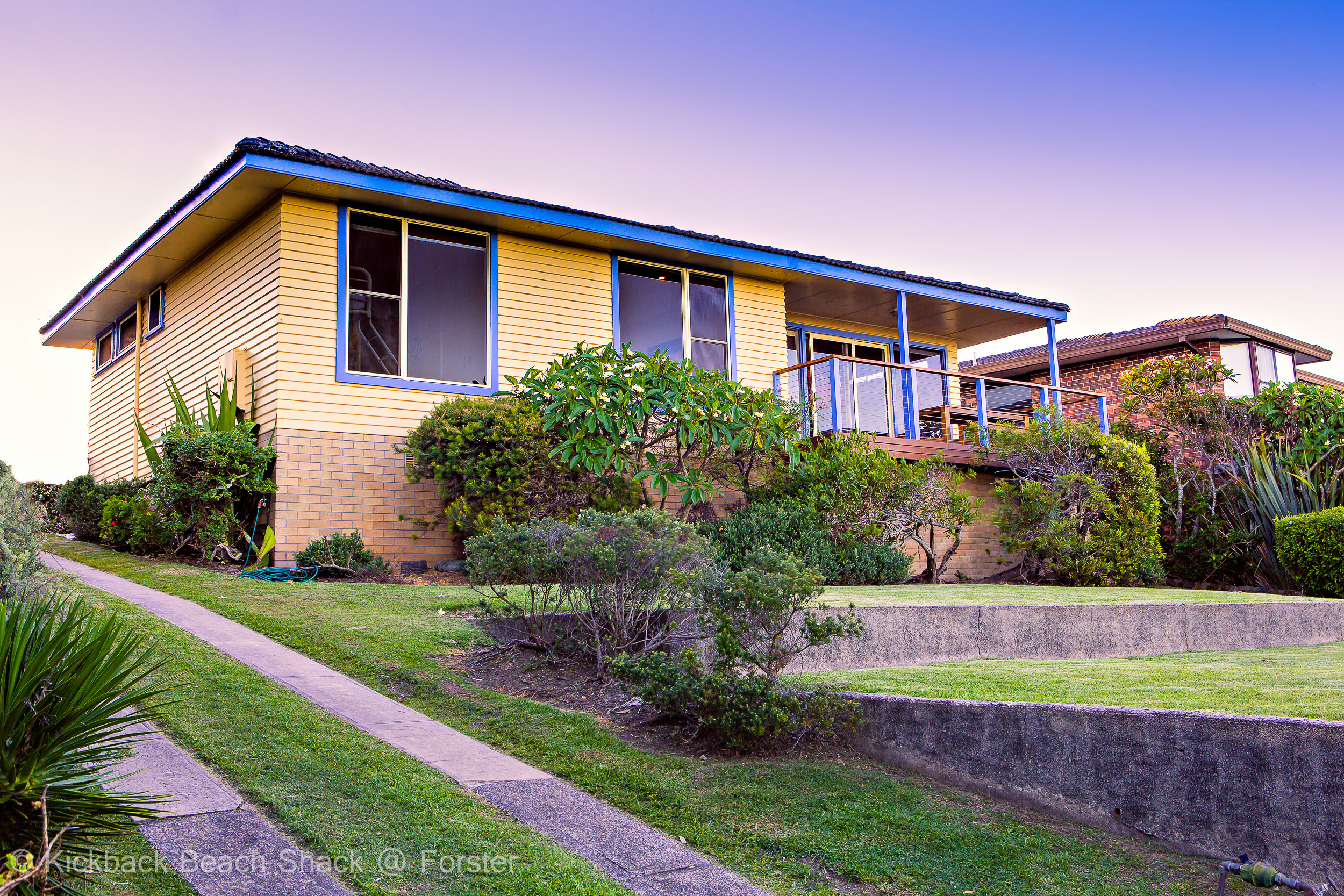 Forster-Accommodation-and-Pet-Friendly-Holiday-House-NSW-yours-for-the-holiday