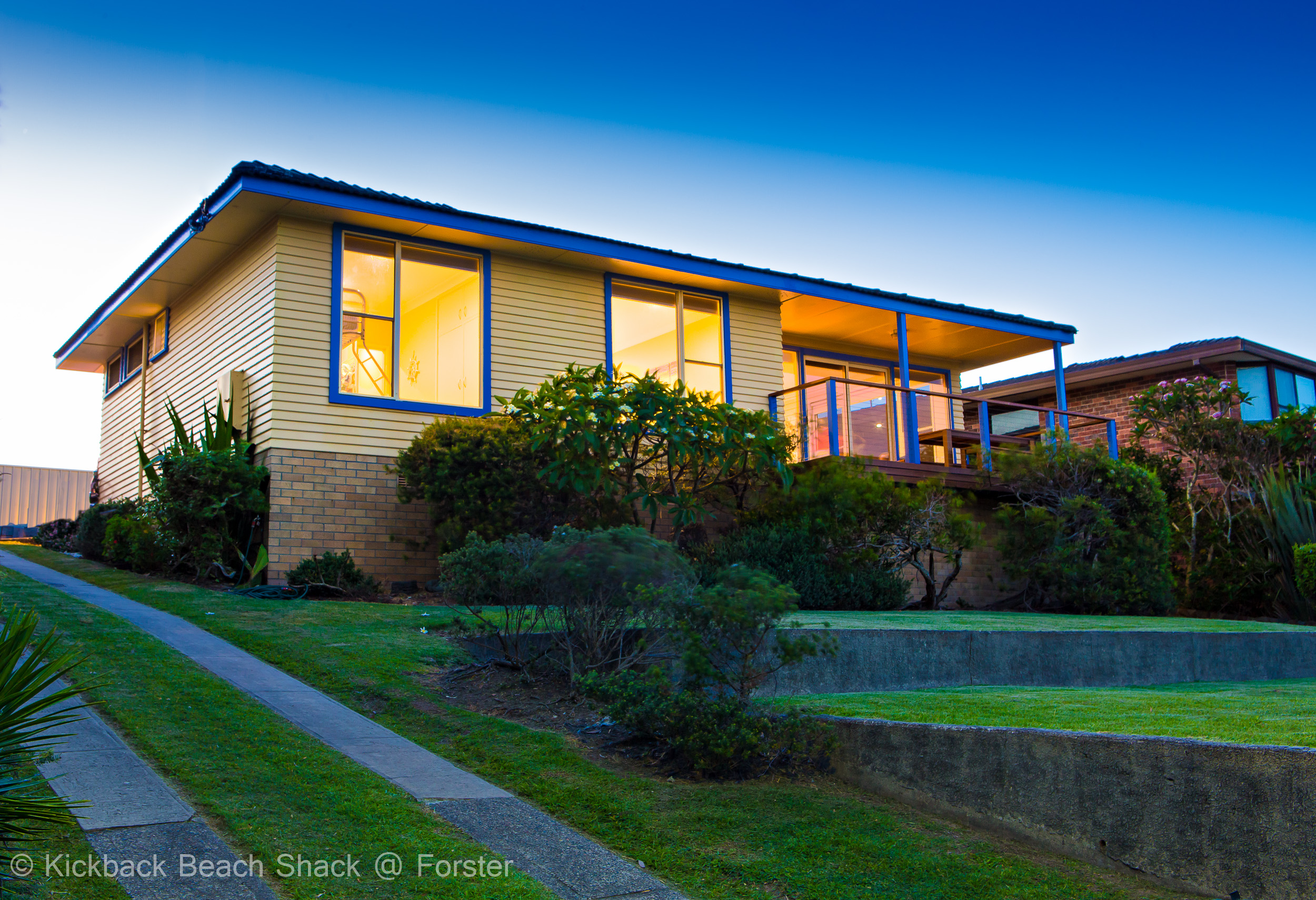 Forster-Accommodation-and-Pet-Friendly-Holiday-House-NSW-crisp-air