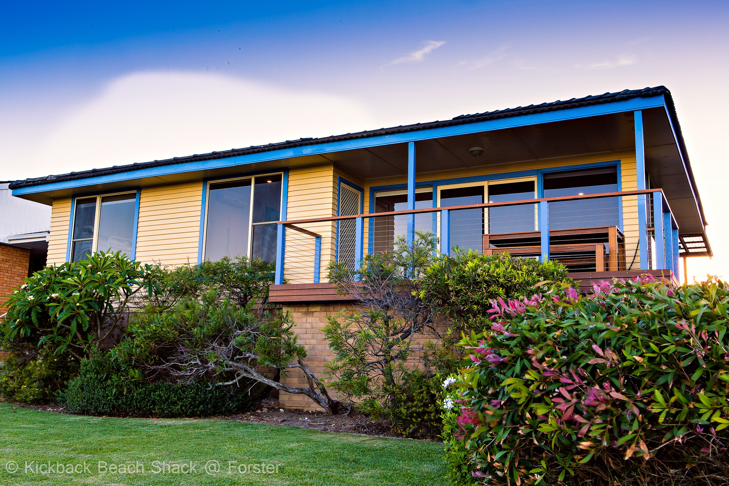 Forster-Accommodation-and-Pet-Friendly-Holiday-House-NSW-hideaway