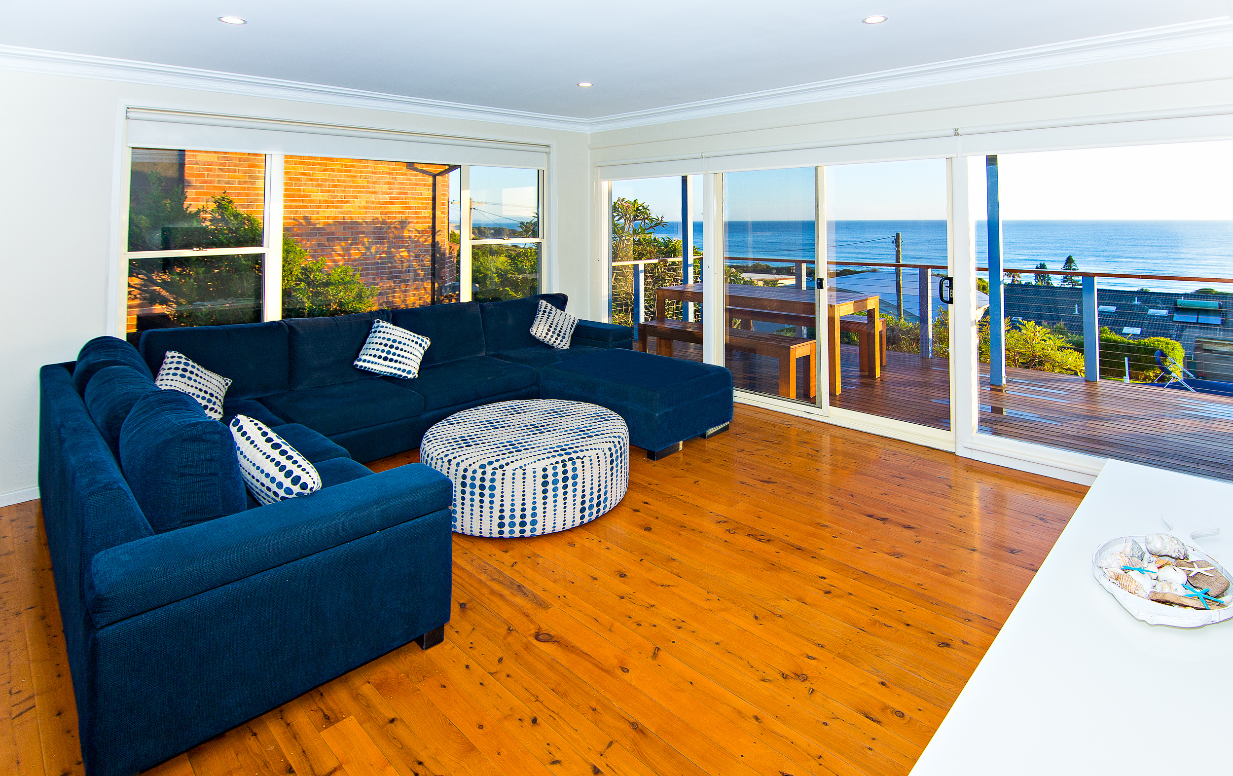 Forster-Accommodation-and-Pet-Friendly-Holiday-House-NSW-live-in-the-living-room