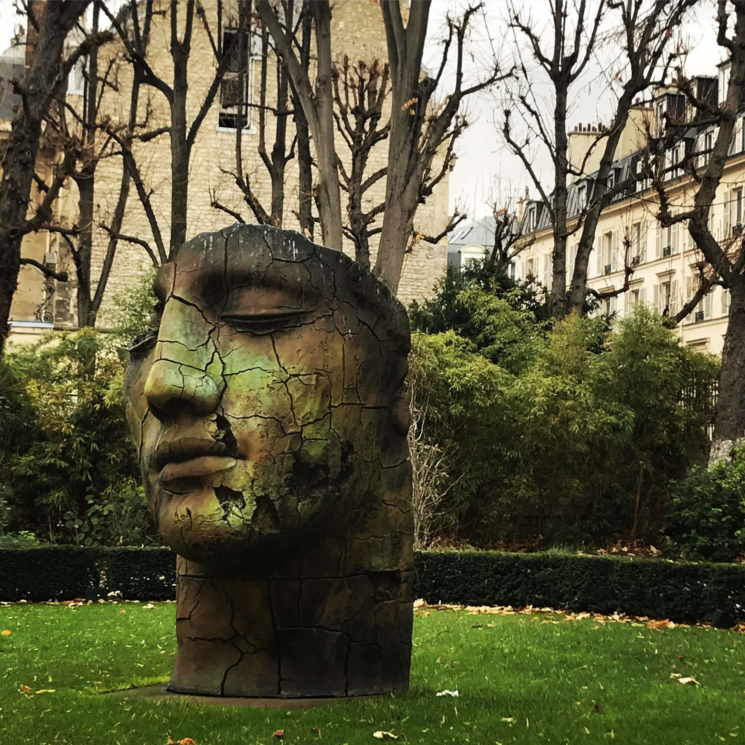 france-statue.JPG
