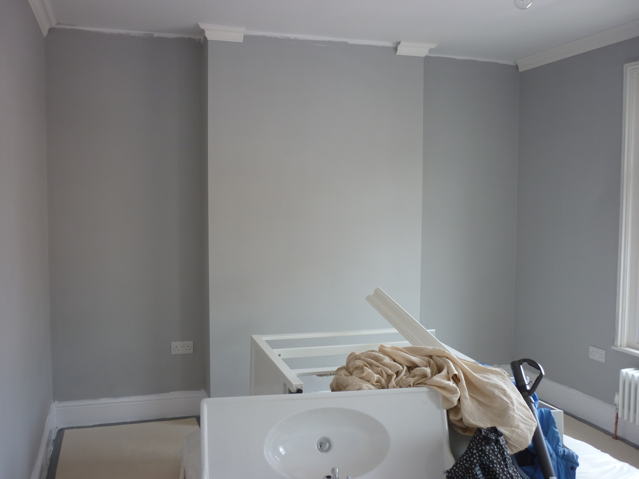 grey-wall.JPG
