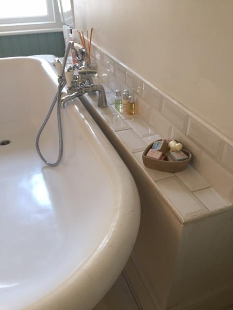 bath-taps.JPG