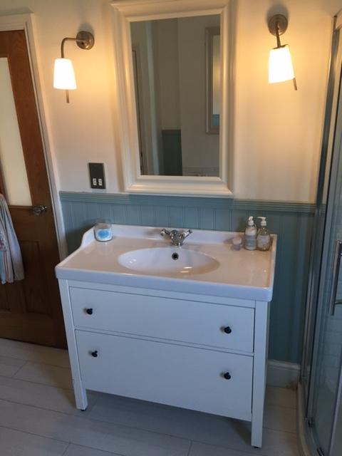 ikea-bathroom-cabinet.JPG