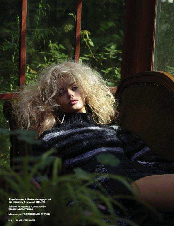 frida-aasen-blommers-schlumm-vogue-netherlands-813010.jpg