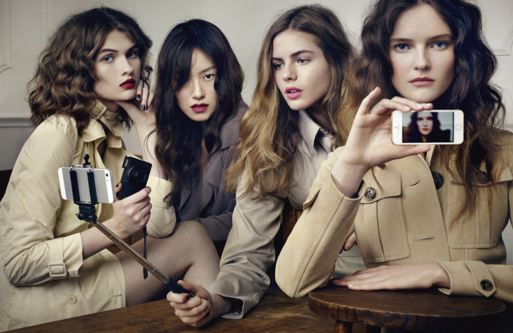 lara-mullen-lucy-evans-rosie-tapner-bydavid-slijper-for-vogue-japan-february-2015-6.jpg