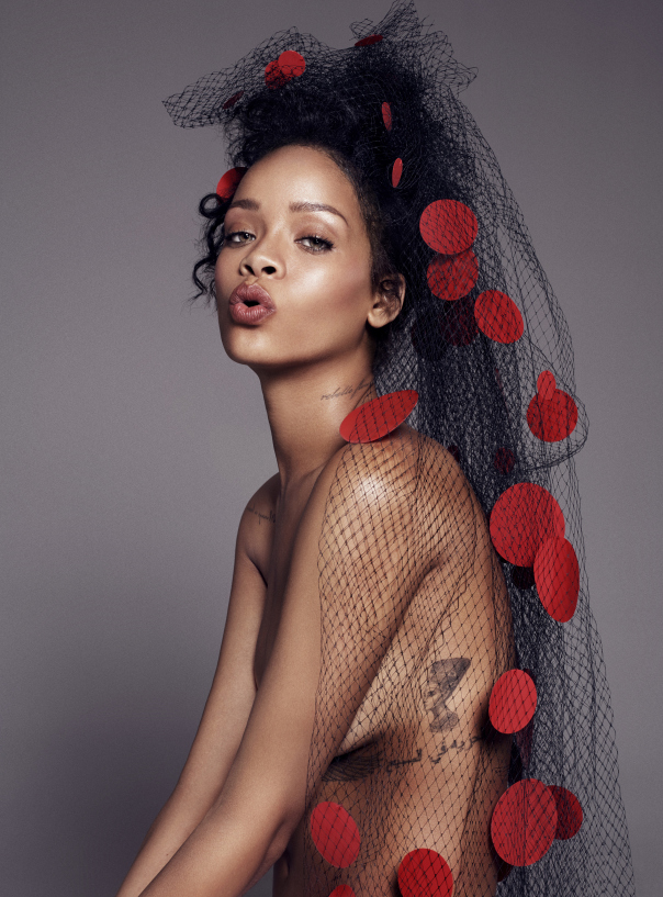 rihanna-by-paola-kudacki-for-elle-us-december-2014-7.jpg