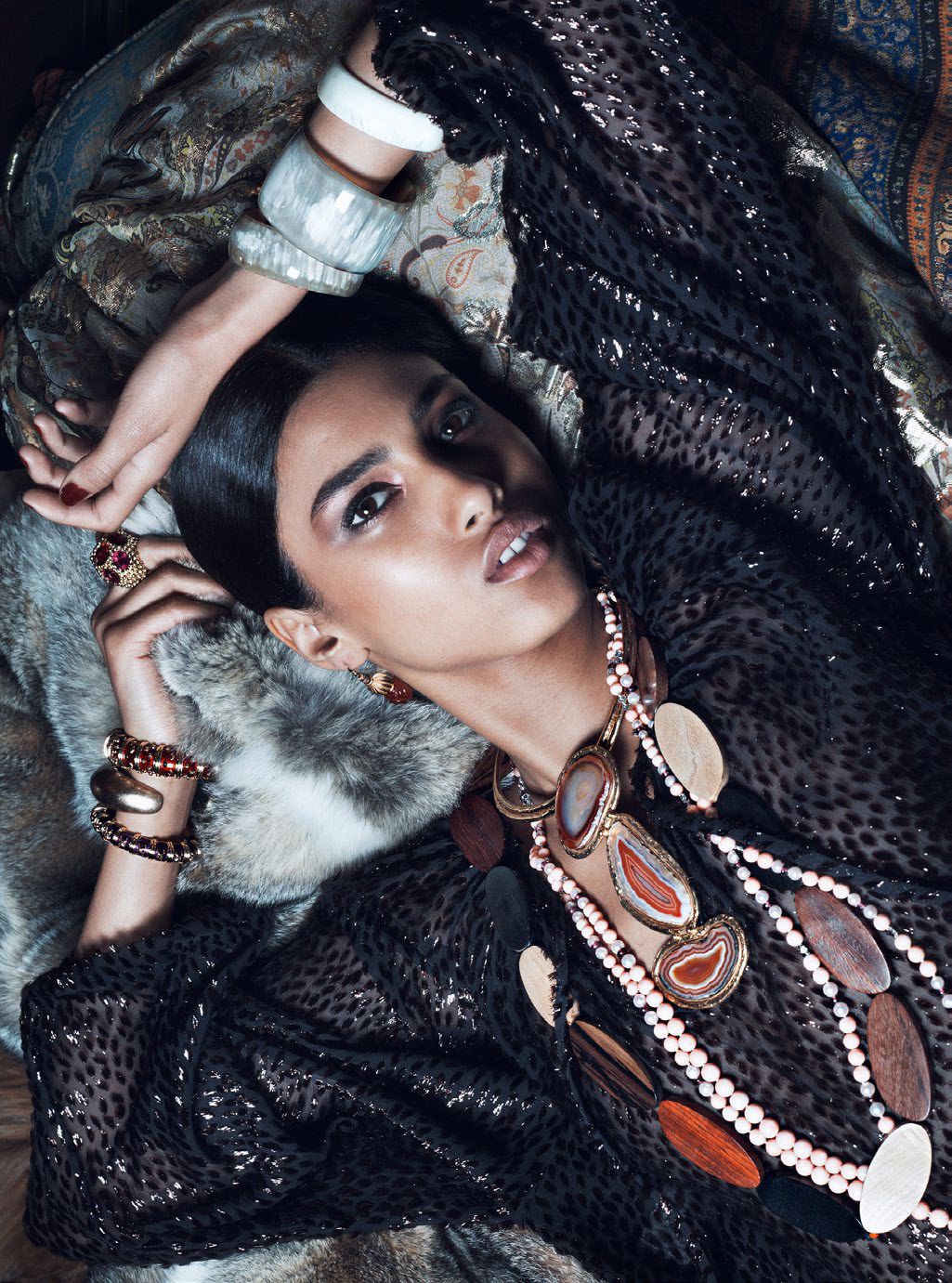 imaan-hammam-by-lachlan-bailey-for-vogue-paris-august-2014-2.jpg
