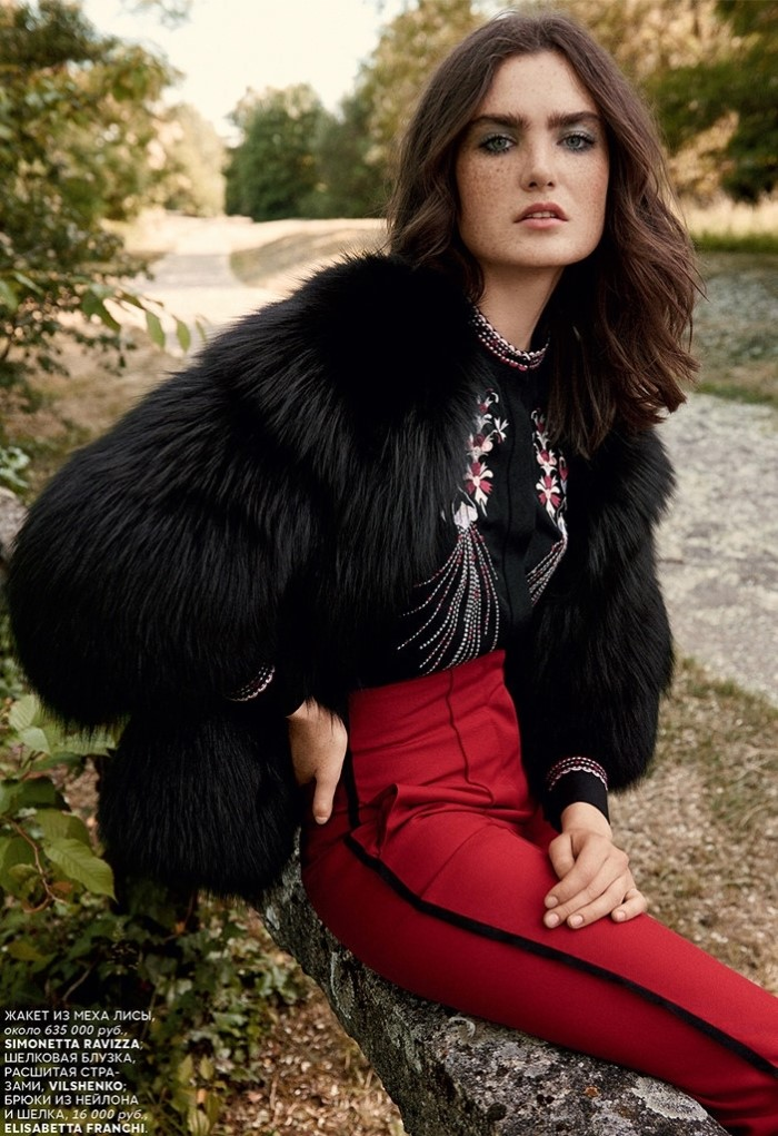 Mariia-Kyianytsia-Vogue-Russia-October-2015-bjarne-jonasson-+7.jpg