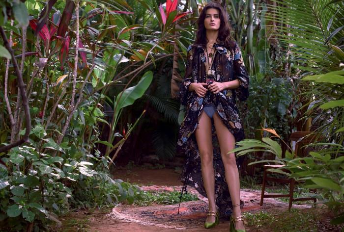 Vogue-Brasil-October-2015-Isabeli-Fontana-mario-vivanco-+8.jpg
