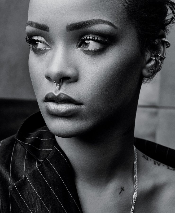 rihanna-by-craig-mcdean-for-the-new-york-times-style-magazine-october-2015.jpg