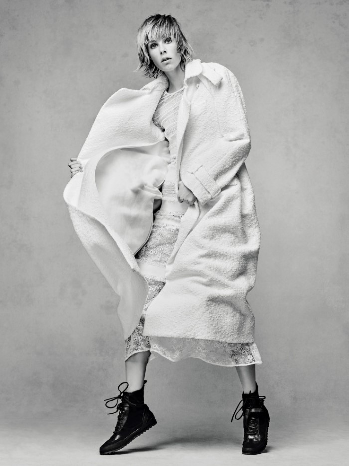 edie-campbell-by-solve-sundsbo-for-vogue-china-december-2015 (3).jpg