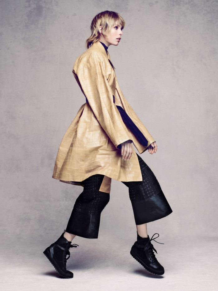 edie-campbell-by-solve-sundsbo-for-vogue-china-december-2015 (7).jpg