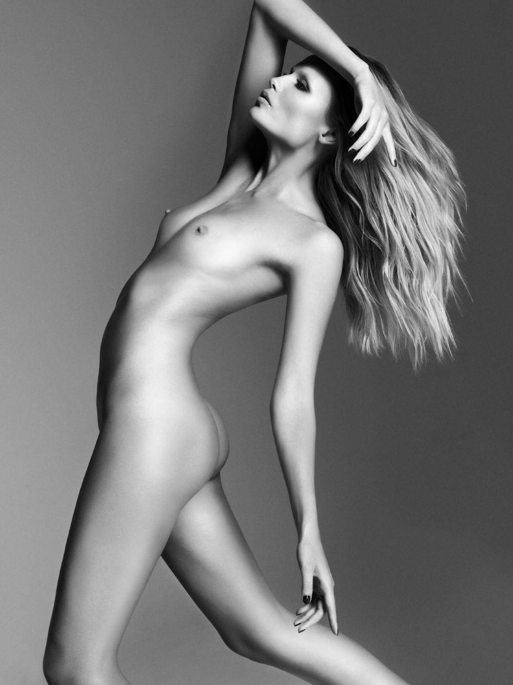LUI-December_2015-January_2016-13-Natasha_Poly-by-Luigi_and_Iango.jpg