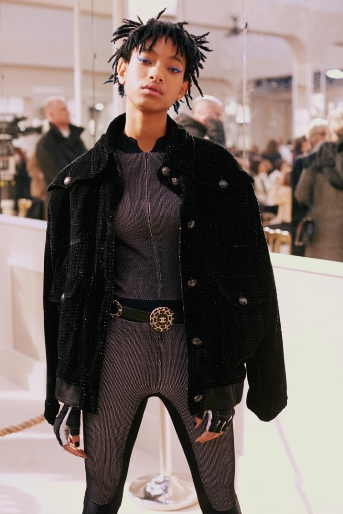 Willow-Smith-Chanel-Fall-2016-Show04-768x1152.jpg