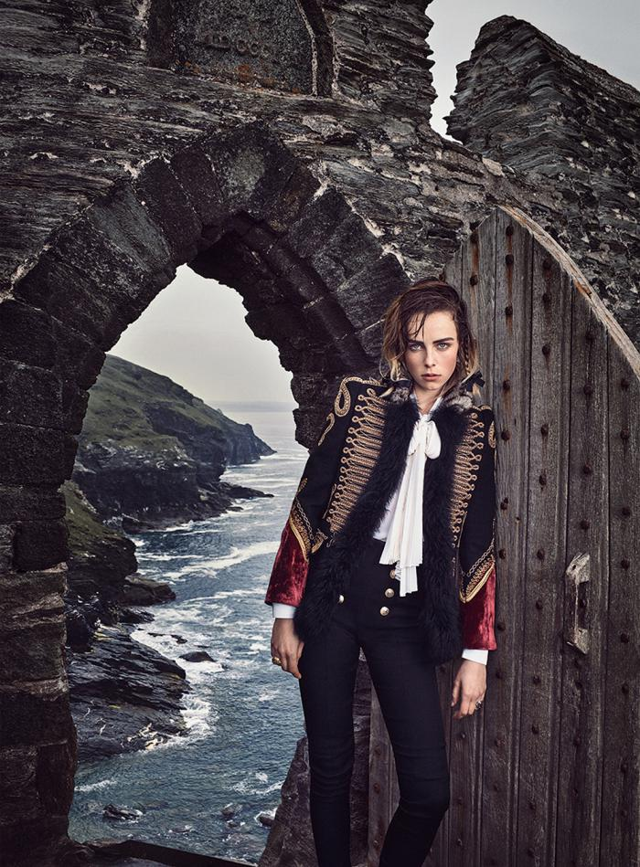 Vogue_US-September_2016-Edie_Campbell-Grace_Hartzel-by-Mikael_Jansson-09.jpg