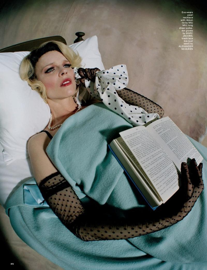 tim-walker-portrait-of-a-lady-love-mag-fw-2016- (3).jpg