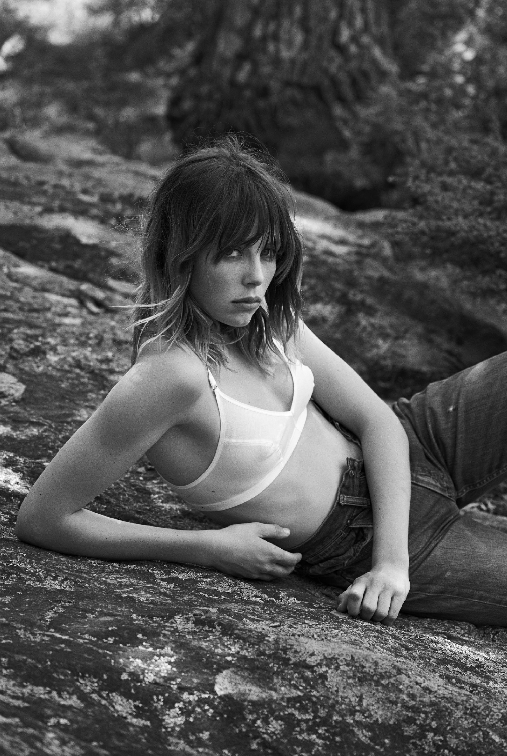 industrie-issue-9-2016-edie-campbell-by-lachlan-bailey-08.jpg