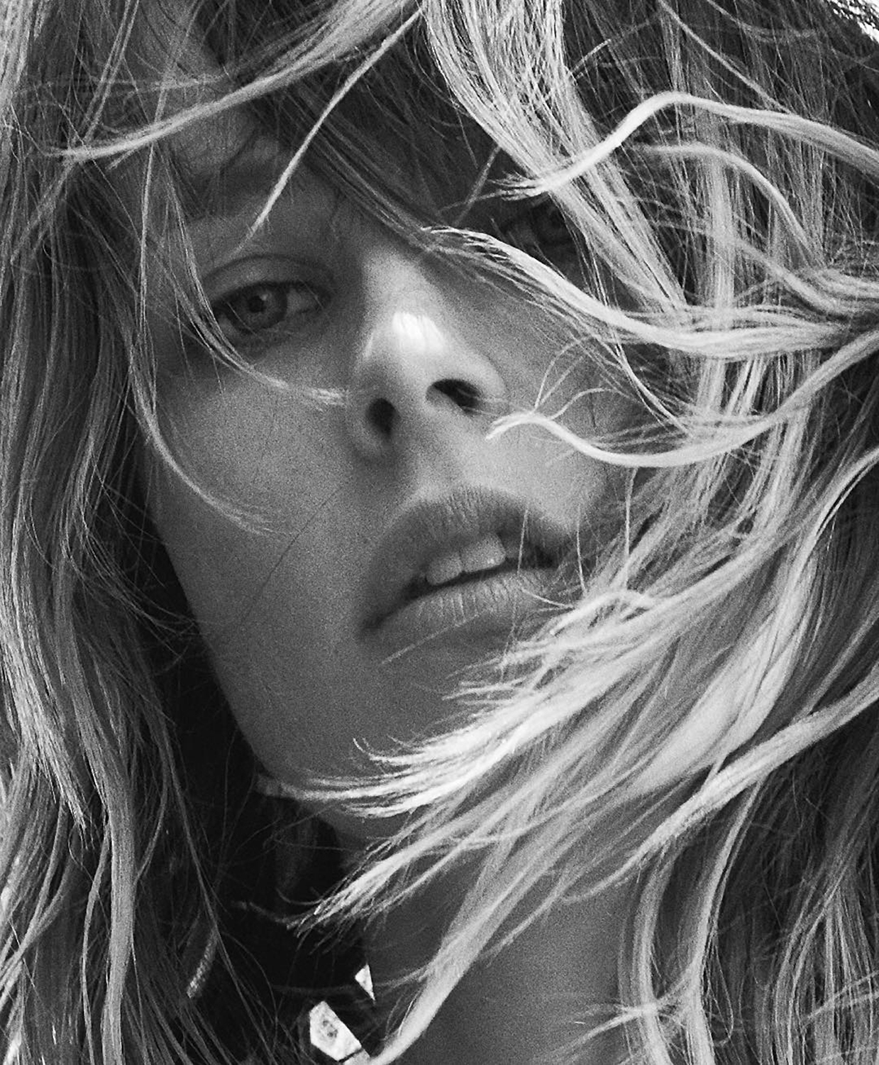 industrie-issue-9-2016-edie-campbell-by-lachlan-bailey-12.jpg