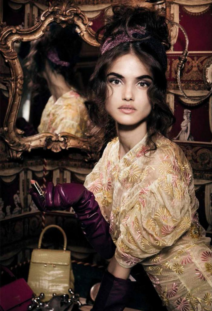 Vogue-Italia-October-2016-Blanca-Padilla-and-Anna-Mila-by-Greg-Lotus-3-2-768x1126.jpg