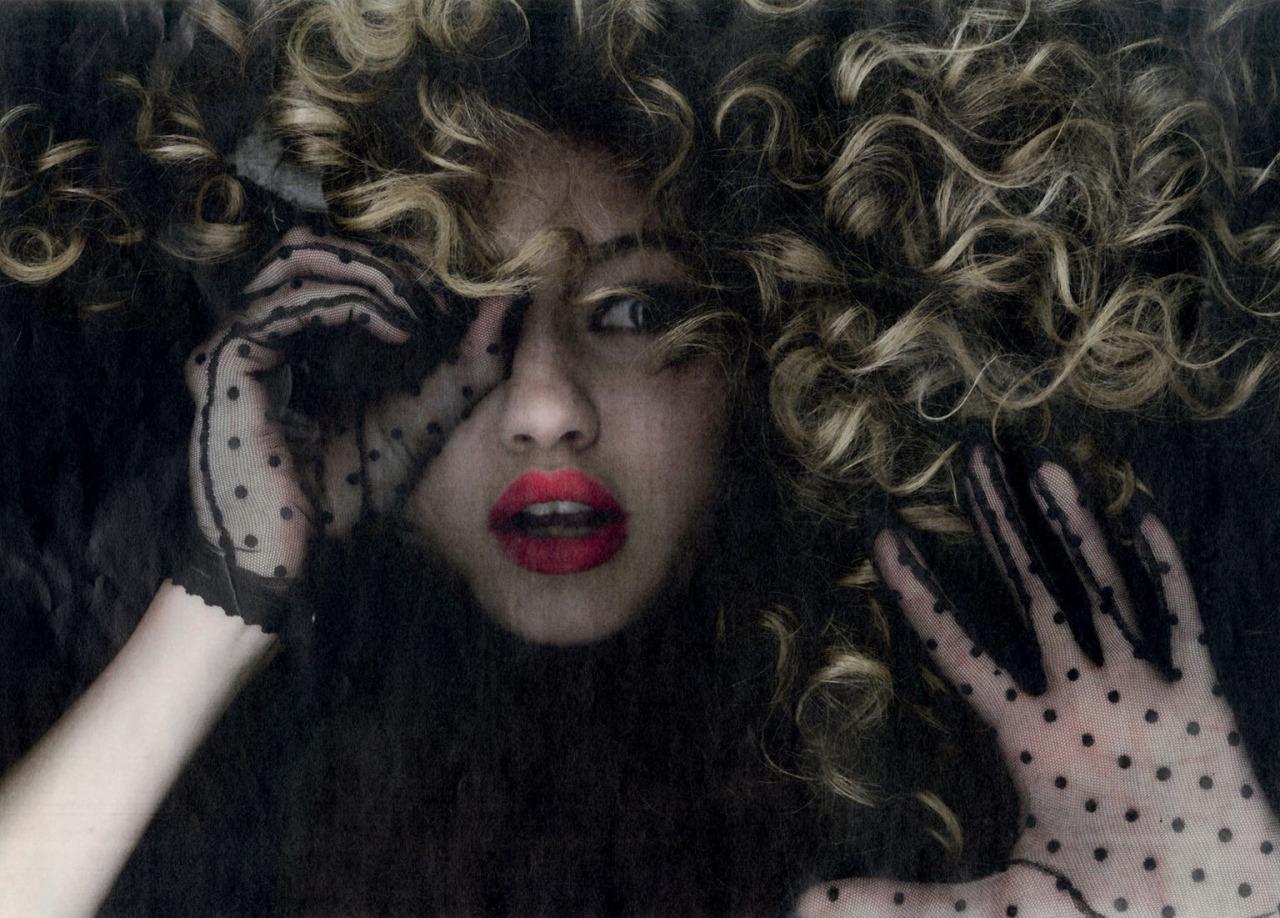 Gigi-Hadid-by-Rankin-17.jpg