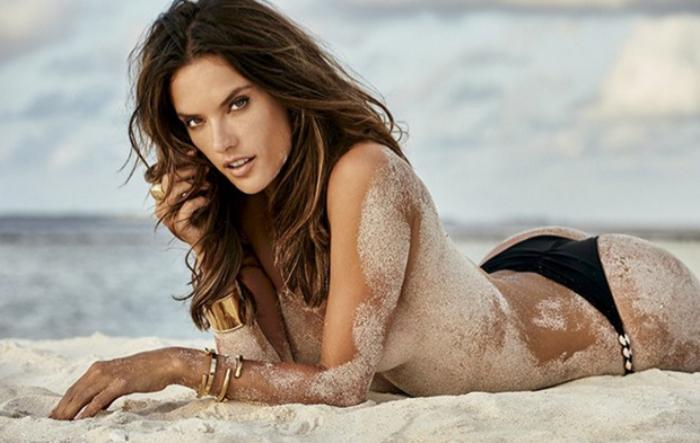 Alessandra Ambrosio for Vogue Mexico December 2010 by