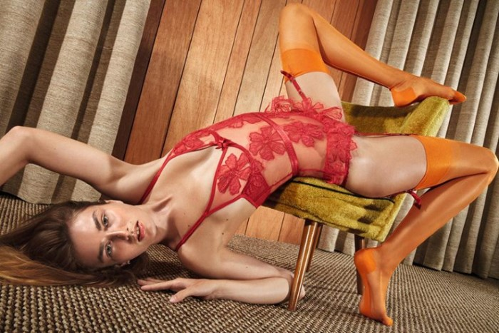 Andreea-Diaconu-by-Mario-Sorrenti-for-Agent-Provocateur-SS-2017-Ad-Campaign-6.jpg