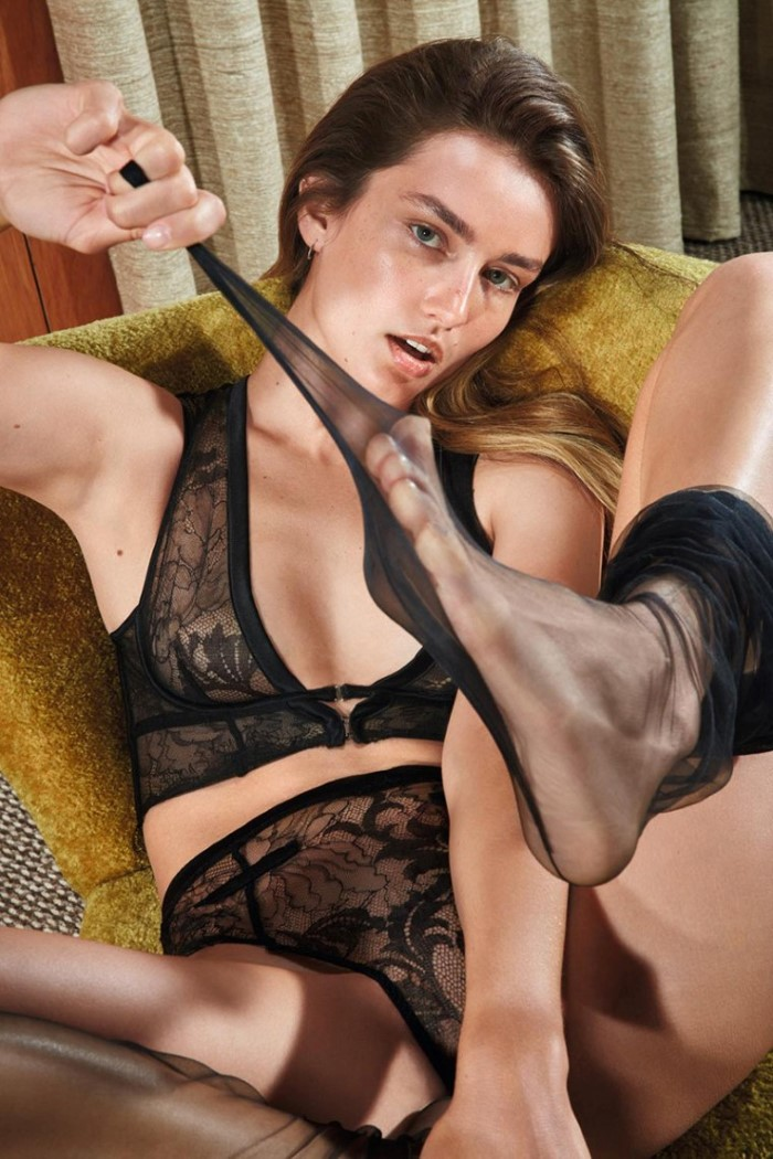 Andreea-Diaconu-by-Mario-Sorrenti-for-Agent-Provocateur-SS-2017-Ad-Campaign-9.jpg