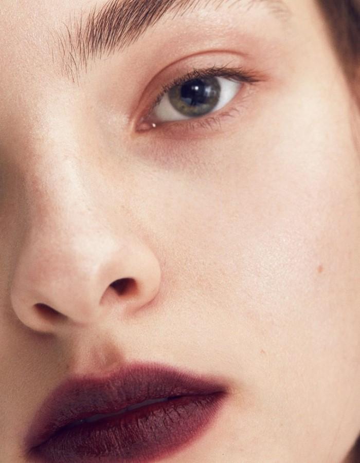 Nicolas-Kantor-for-Vogue-Japan-April-2017- (5).jpg