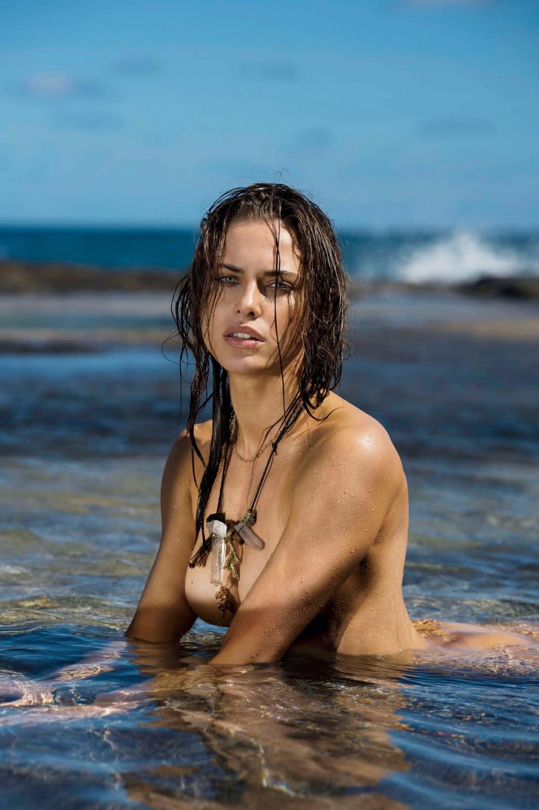 Maxim USA - May 2017-lana-zakocela- (10).jpg