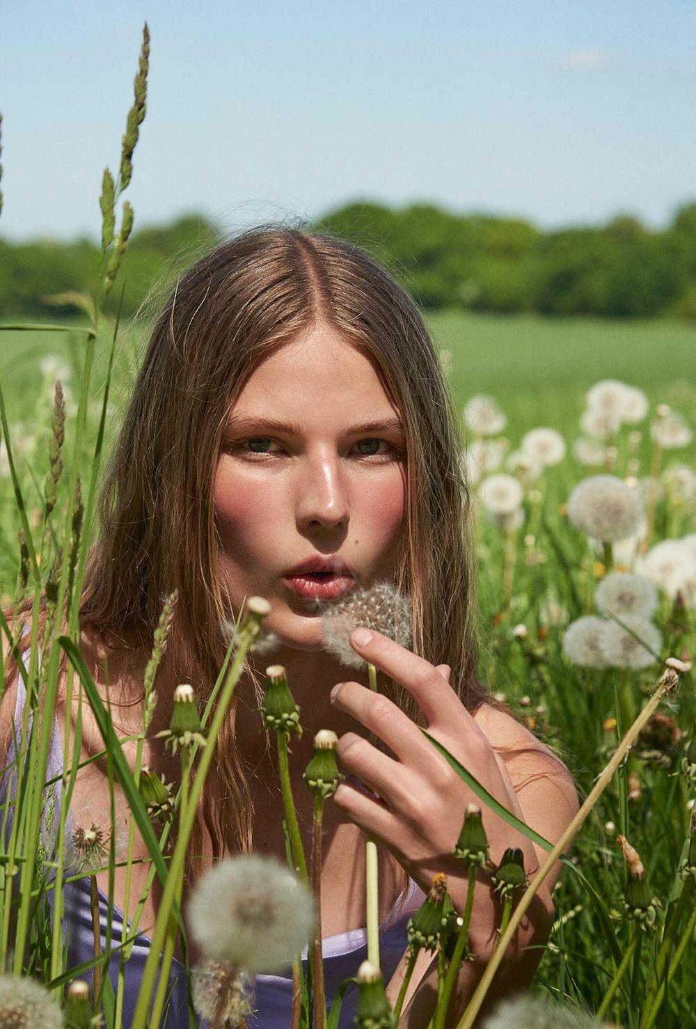 Costume-Magazine-Adela-Stenberg-Olivia-Frolich-1.jpg
