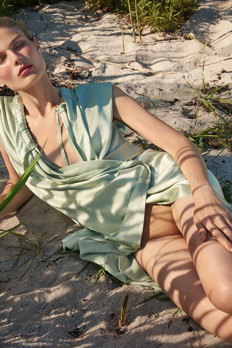 Costume-Magazine-Adela-Stenberg-Olivia-Frolich-8.jpg